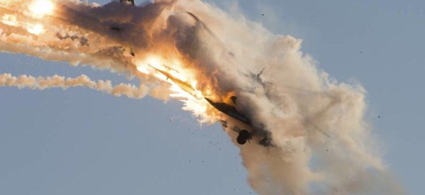 raketa_sbila_samolet-1